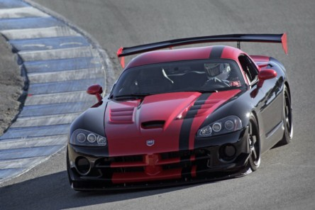2010-Dodge-Viper-ACR